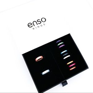 ✨ASHLEY TERK ITEM✨ Pack of Enso Silicone Rings